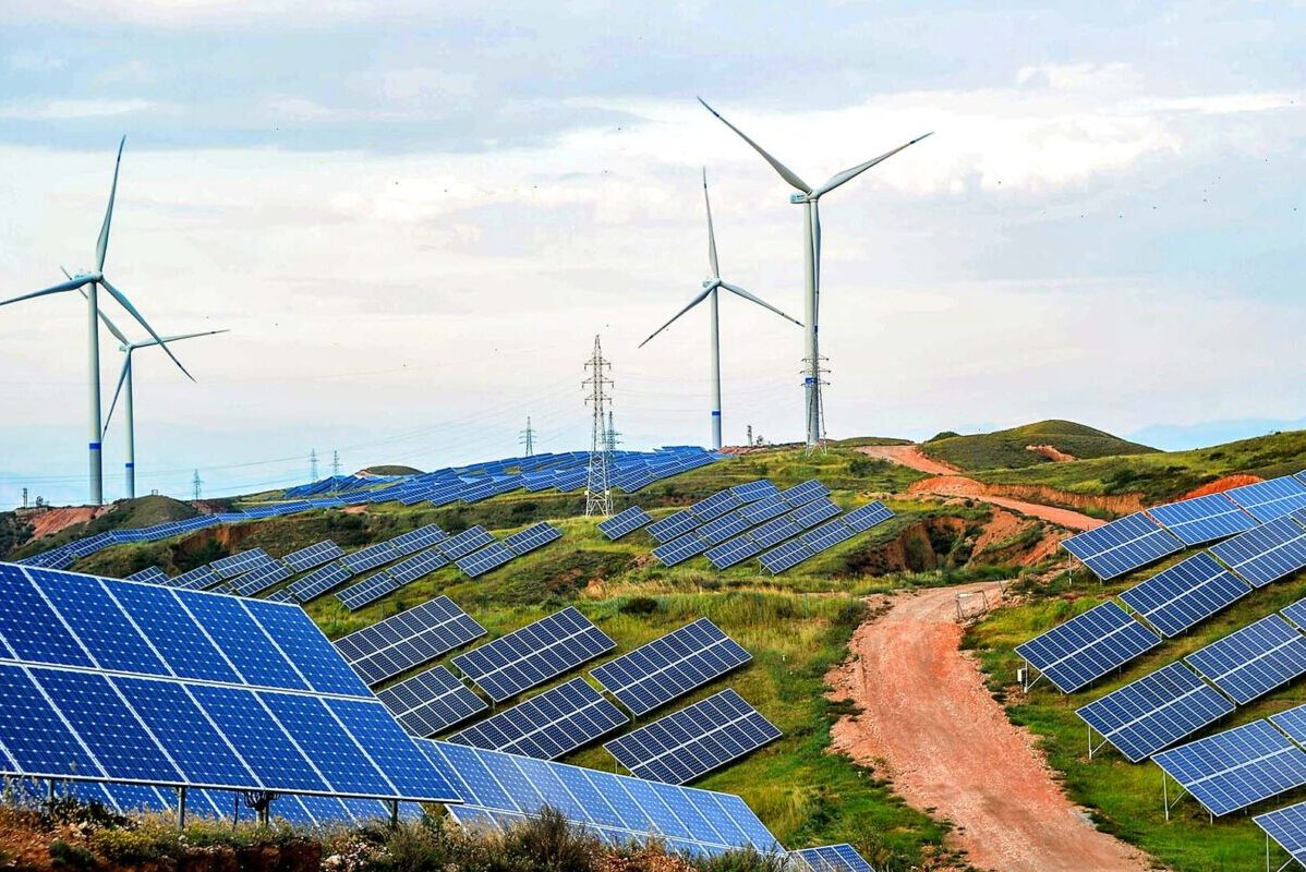 Renewable Energy ROIs: Should Governments Invest in Solar or Hydro?